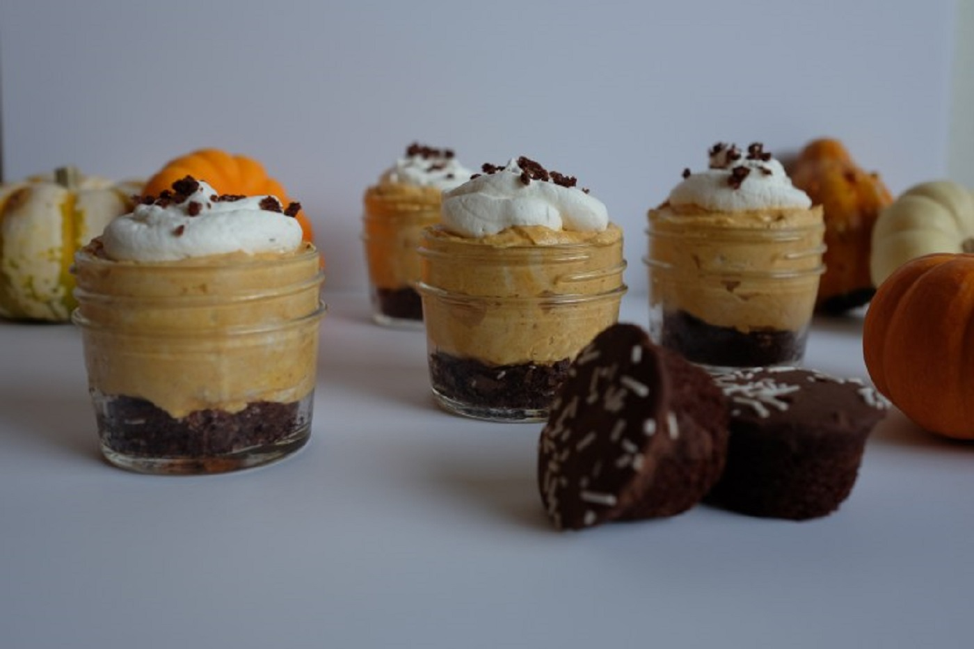 baked goods out hfcs artificial colors or flavors otis mini chocolate cupcake no bake cheesecakes